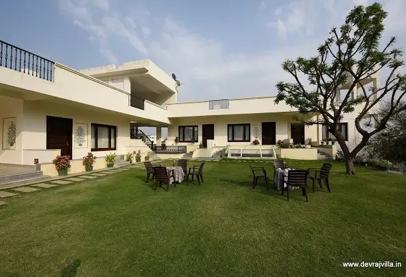 5-best-hotel-villas-for-celebrating-new-year-2020-in-udaipur